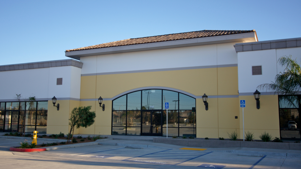 The Close Relationship Between Retail Real Estate with CNBCs Courtney Reagan   Ken McElroy Image